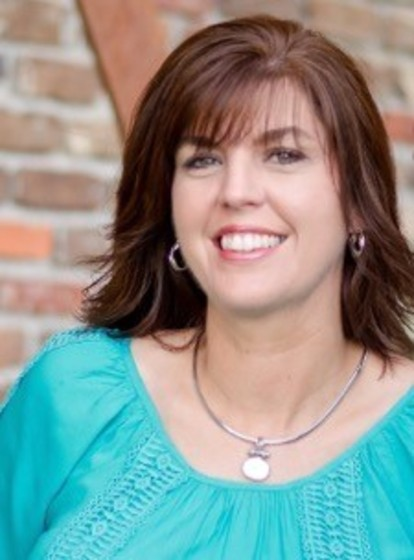 Amy Hall : Administrative Support Assistant